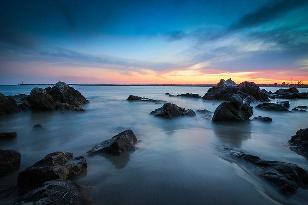 THHW-OceanRockySunset-1475896.jpg