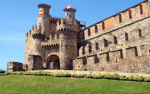 Castillo de Ponferrada.jpg