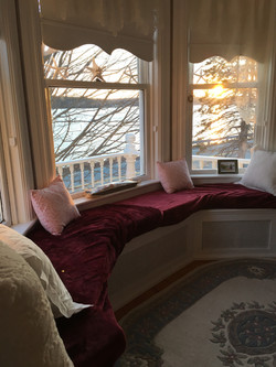 River view Queen bedroom