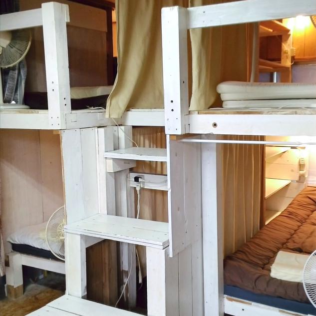 男女mixドミトリーボックスベッド