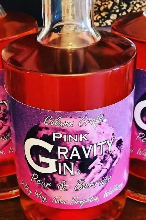 Gravity Gin, Pear and Berries Pink Gin.
