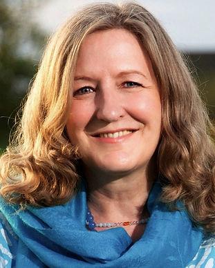 Sampriya/Marie-Lou Kuhne Millerick - Meditation Teacher and Meditation Mentor | Online Meditation Mentoring | Online Meditation Training and Teacher Training