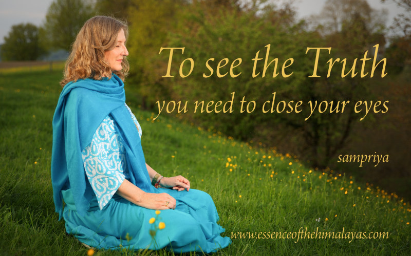 Online Meditation Training with Sampriya | To see the Truth you need to close your eyes
