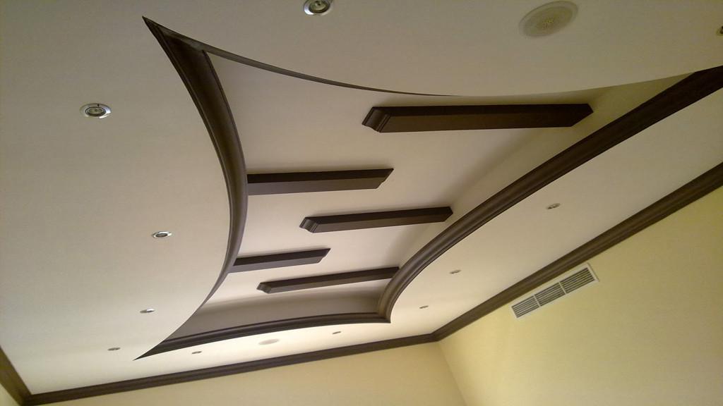 потолки из гипсокартона в двух уровнях