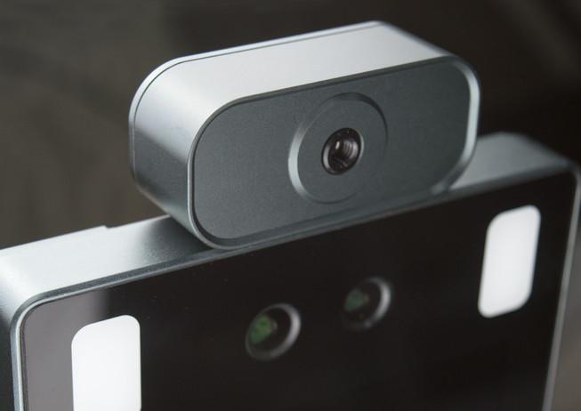 顔認証カメラ