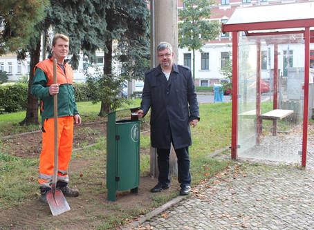 Sechs neue Papierkörbe für Böhlitz-Ehrenberg