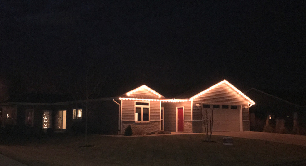 Summer Dale Holiday Lights Close