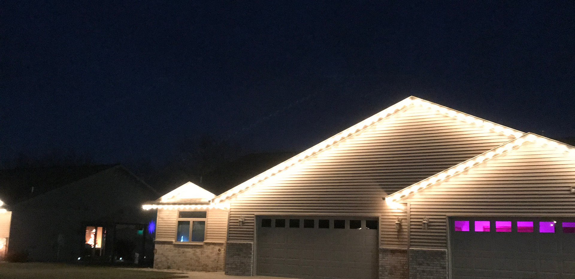 Summer Dale Holiday Lights Home