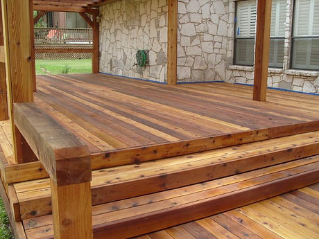 Deck-Stain-Picture.jpg