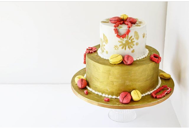 Traditional weddding cake