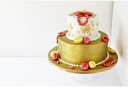 Traditional weddding cake.jpeg