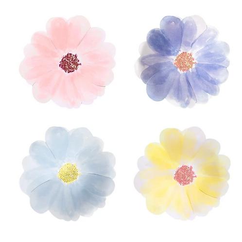 Platos pequeños flores meri meri