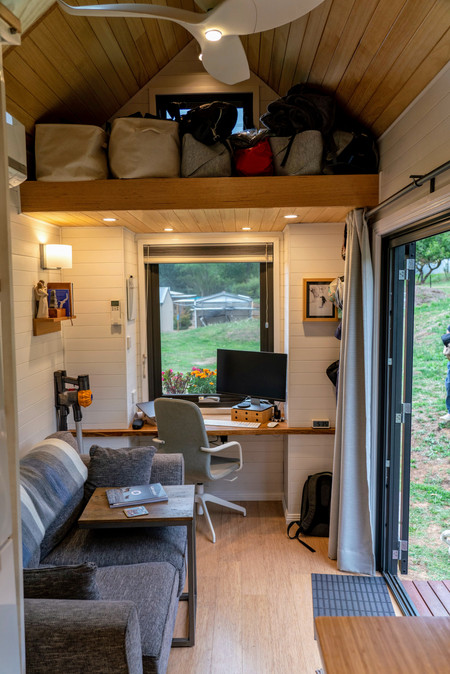 Lounge & Office