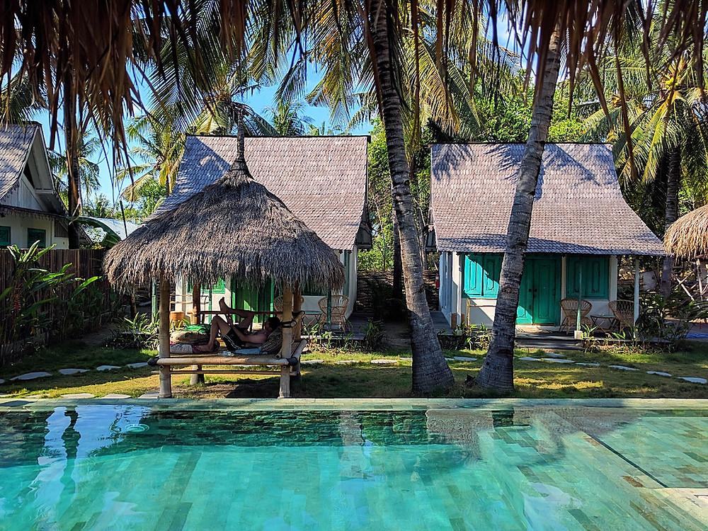 Swimming pool Captain Coconuts Gili Air