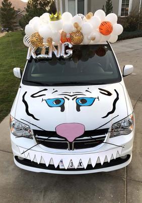 Halloween car 5.jpg