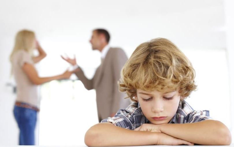 Mi pareja se opone a que nuestro hijo vaya a terapia ¿Qué puedo hacer?