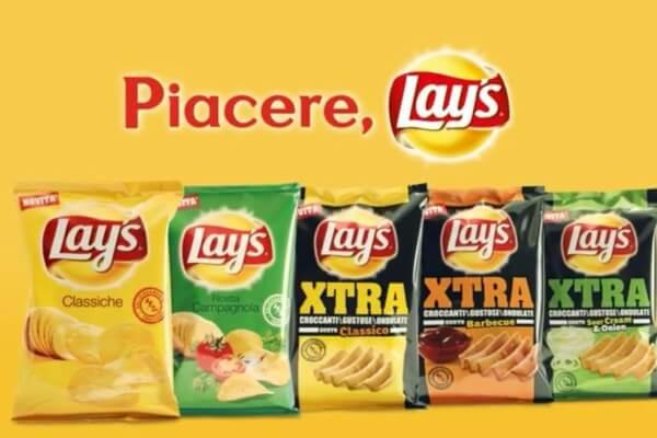 pacchi di patatine lays di vari gusti