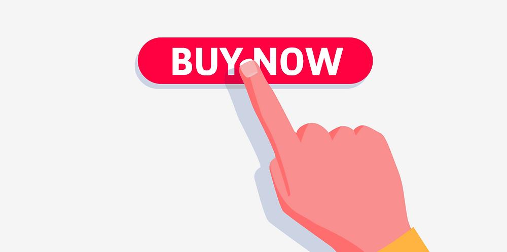 buy now call to action con dito che preme il pulsante