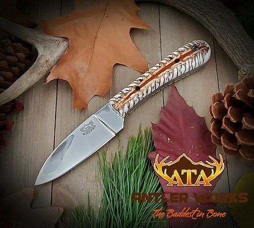 Pine cone handle hunting knife - D2