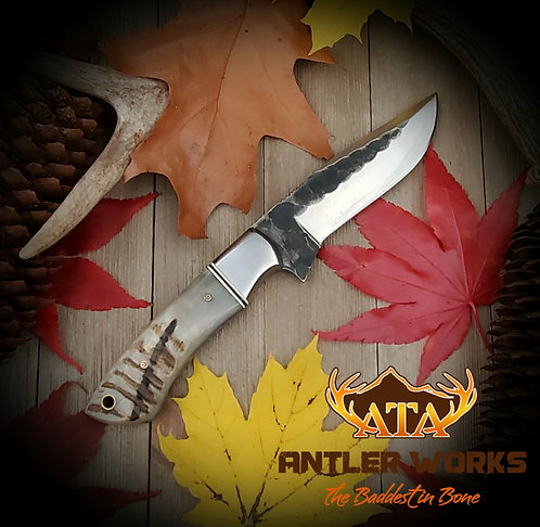 Ram's horn handle hunting knife