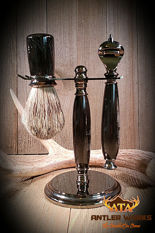 BUFFALO HORN SHAVING SET IN GUNMETAL