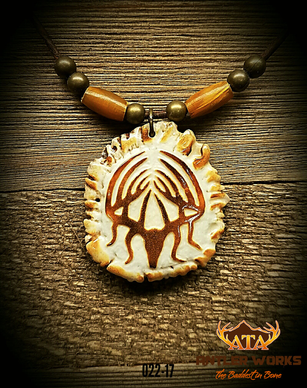 Handcarved-Deer-Antler-Necklace-Web