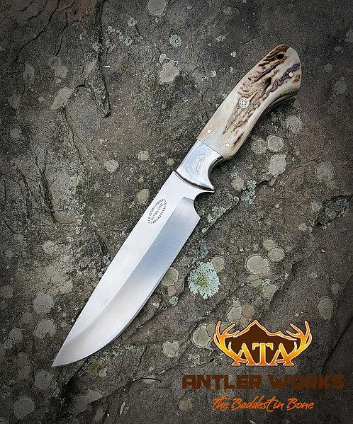 Elk antler handled hunting knife