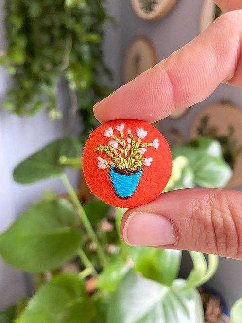 Plant button 20-07