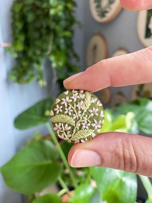 Plant button 20-11