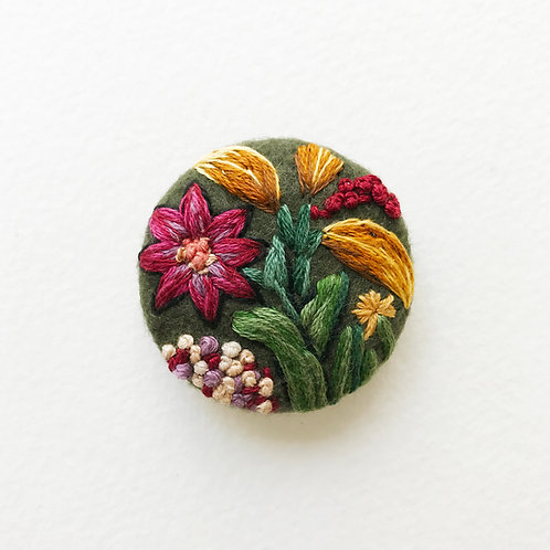 Floral button No 8 - Hand embroidered button