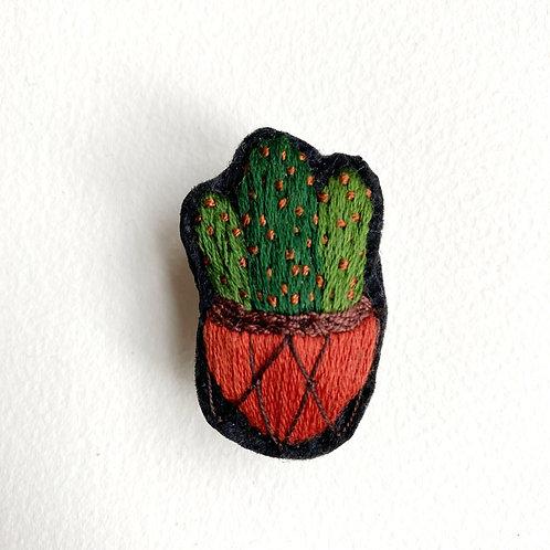 Cactus Brooch 19-02