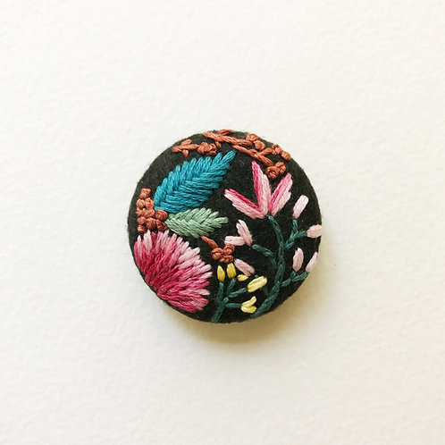 Floral button No 5 - Hand embroidered button