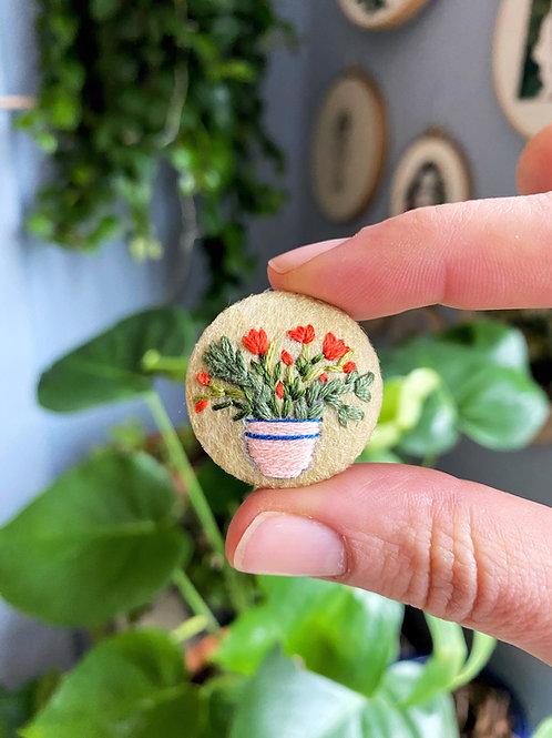 Plant button 20-10