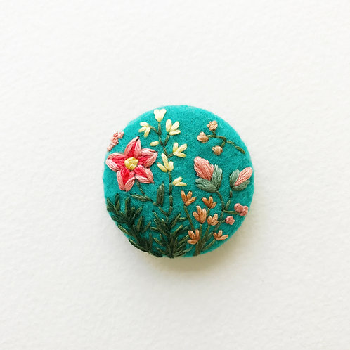 Floral button No 6 - Hand embroidered button