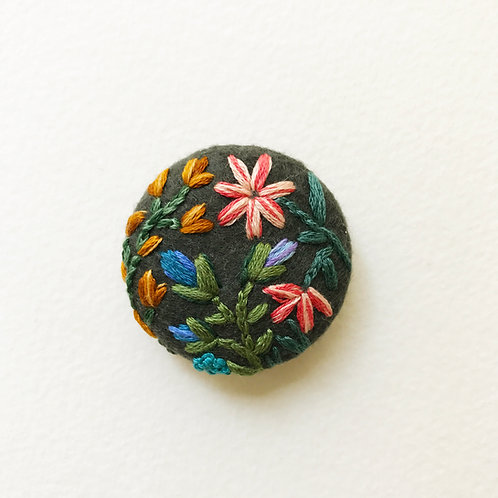Floral button No 4 - Hand embroidered button