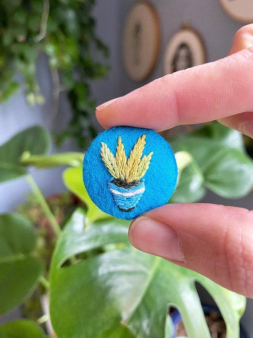 Plant button 20-01