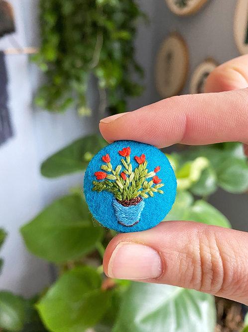 Plant button 20-03
