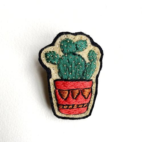 Cactus Brooch 19-06