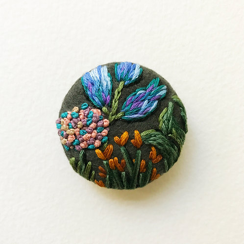 Floral button No 3 - Hand embroidered button