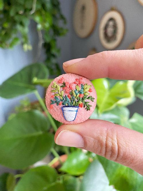 Plant button 20-09
