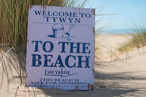 Tywyn 200 Yards Sign