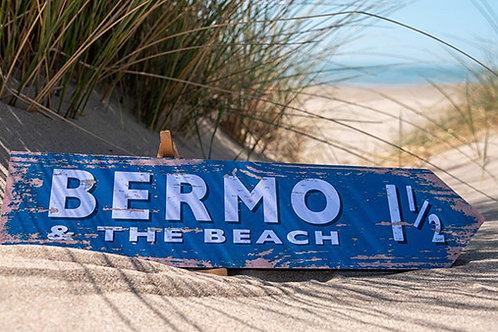 Bermo Beach To The Beach Sign