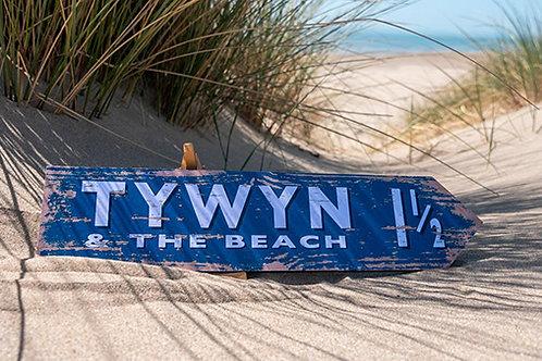 Tywyn 1 1/2 Mile Sign