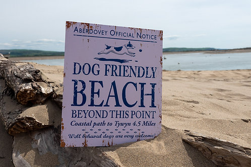 Aberdovey Dog Friendly Beach Sign