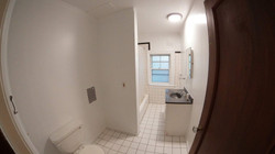 17 Bathroom 2nd floor