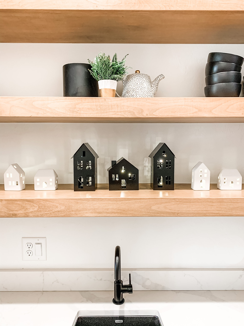 Modern Christmas Village with Lighted White Ceramic Houses and Lighted Black Metal Houses