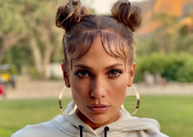 Ain't That Funny: Social Media Drags J-Lo Over Poor Timing
