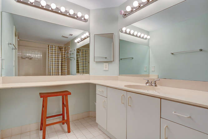 12600 Woodmill Dr Palm Beach-small-007-14-Master Bath-666x444-72dpi