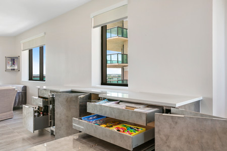 custom-cabinetry-storage-glossy-modern-big-bear-kodiak.jpg