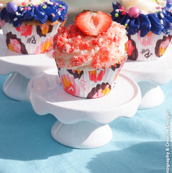 Perfect in size for a sweet treat, our cupcakes can come in a variety of flavors such as lemon, strawberry shortcake crunch, or classic vanilla. Topped with our signature buttercream, we can even decorate to commemorate a special occasion!
